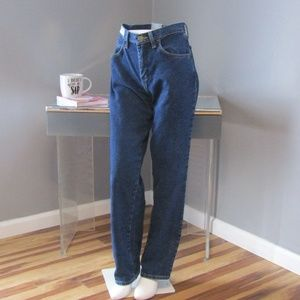 NEW Wrangler Blues Dress Easy Relaxed Jeans 2 x 32